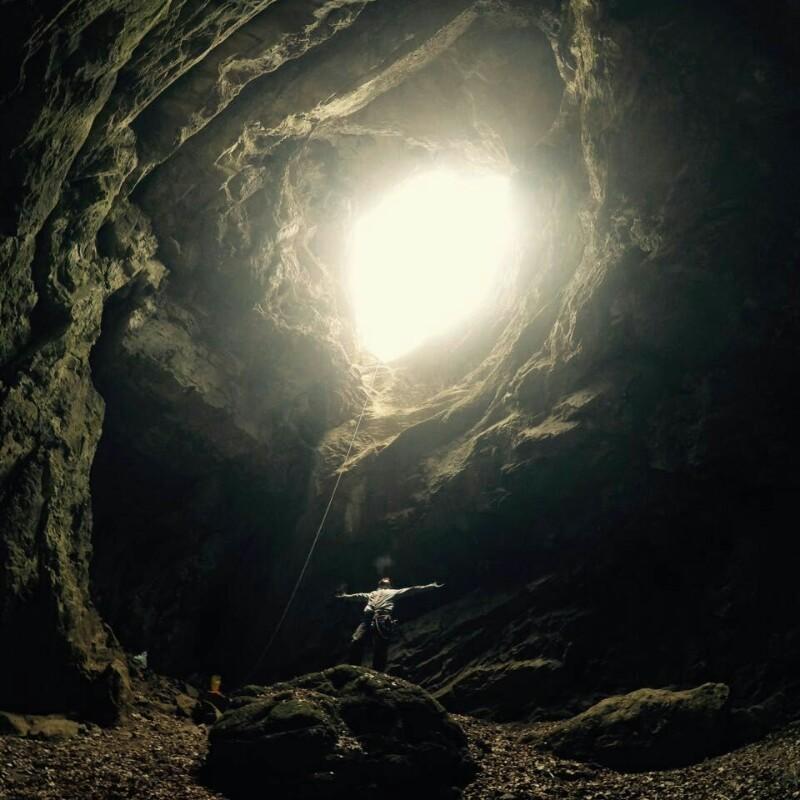 探索美丽天龙洞,极具视觉