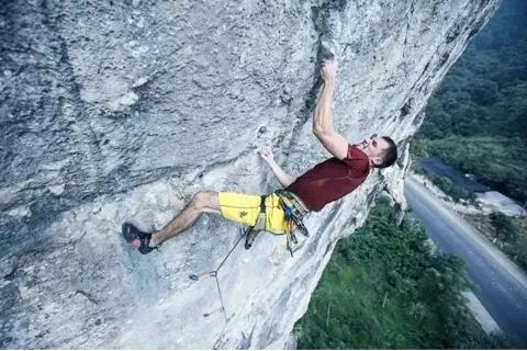 攀岩入奥 | 小编带你聊聊大家对攀岩的误解