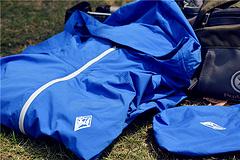 轻薄柔软、防水防晒的户外有型装---黑冰F8803 皮肤风衣小评